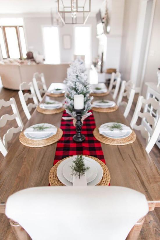 Festliche Tischdeko Ideen zu Weihnachten rustikales Ambiente