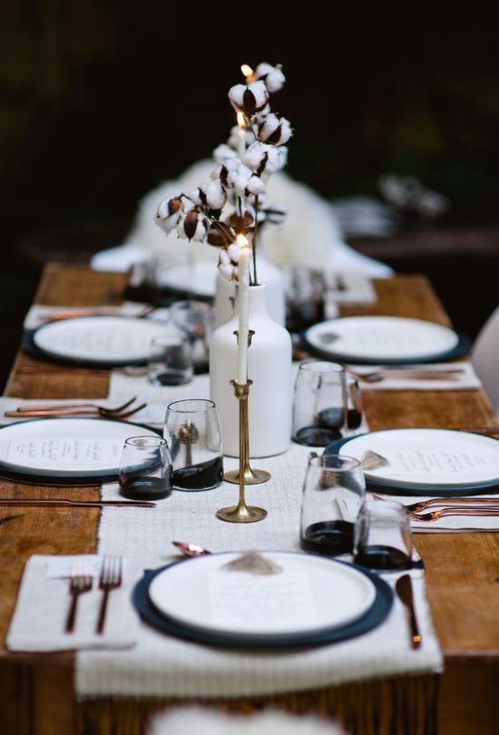 Festliche Tischdeko Ideen zu Weihnachten stilvoll ganz in Weiß